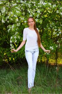 Elena,31-29