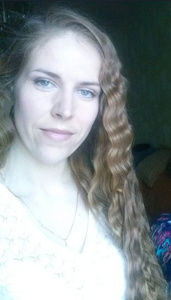 Elena,31-24