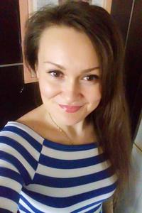 Lena,32-1