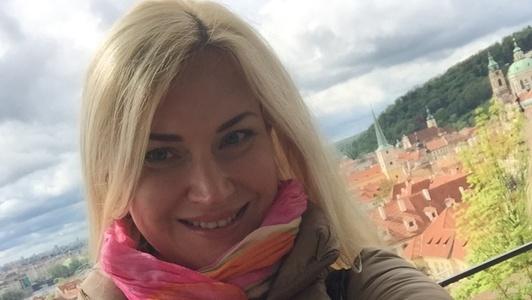 Iryna,44-15