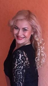 Iryna,44-8