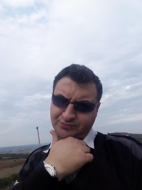 Хочу познакомиться. Zafer из Турции, Çanakkale, 37