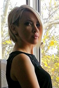 Elena,36-1
