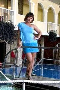 Natalia,49-2