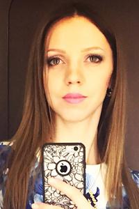 Ana,35-1