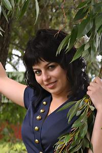 Yuliia,30-1