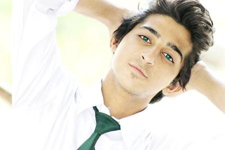 Ahmad dayan,20-51
