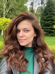 Yana,35-5