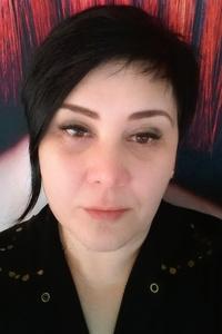Elena ,46-1