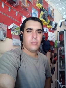 Mohamed,32-2