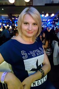 Helen,37-1