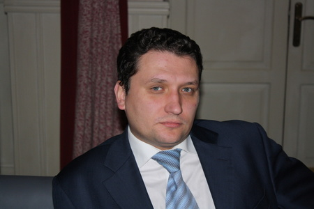 Ilya,36-3