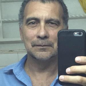 Ricardo,59-4