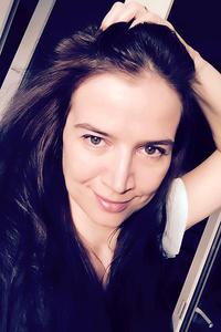 Veronika,46-1