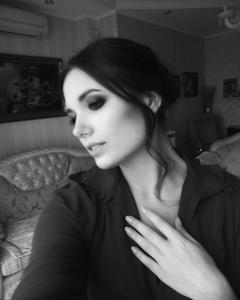 Yulia,25-3