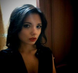 Yulia,25-4