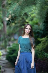 Julia,40-3