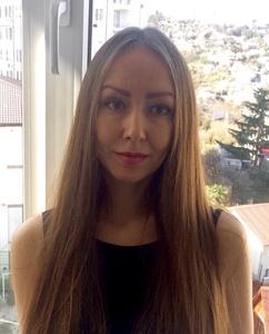Julia,38-4