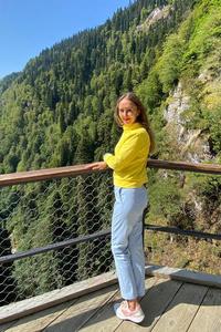 Julia,42-2