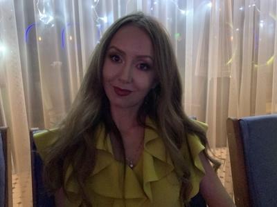 Julia,40-7
