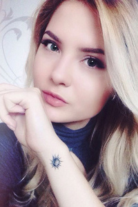 Lia,23-1