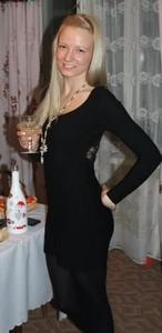 Polina,27-13