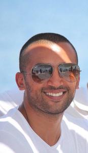 Hussein,33-1