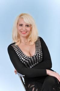 Irina,37-3