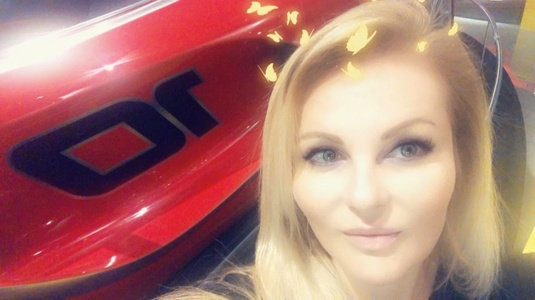 Lina,40-6