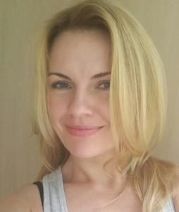 Anna,36-7