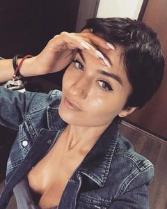 Liana,35-19