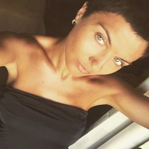 Liana,33-18