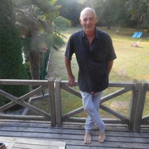 Alain,57-2