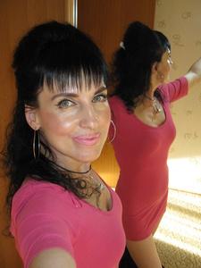 Elena,46-7