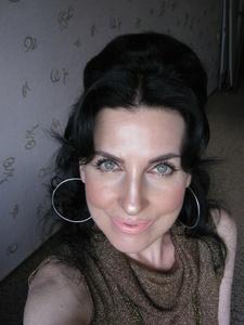Elena,46-13