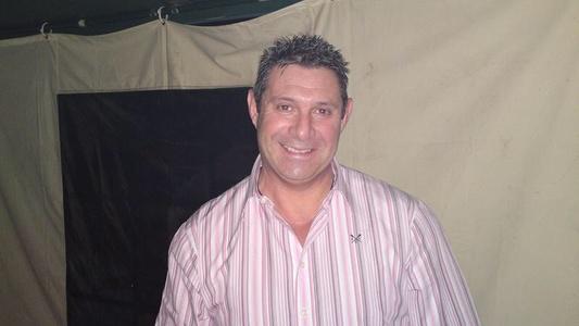 Simon,54-1