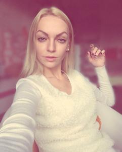 Valeriya ,21-2