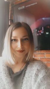 Anya,30-3