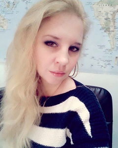 Julia,32-2