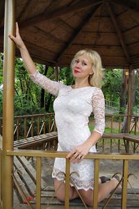 Valentina,41-1