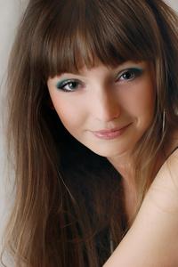 Anna,30-1