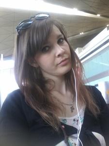 Anna,27-2