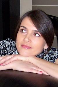 Nadya,41-1