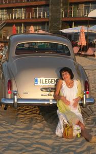 Elena,53-10