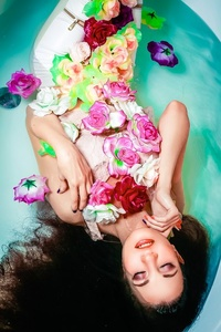 Marina,24-35