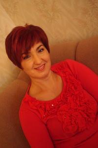 Nadya,53-1