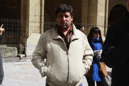 Raul,39-8