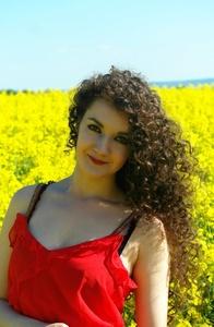 Anna,25-55