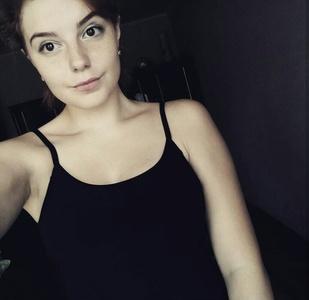 Julia,19-7