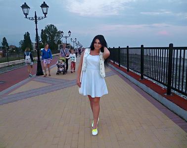Natalia,25-2